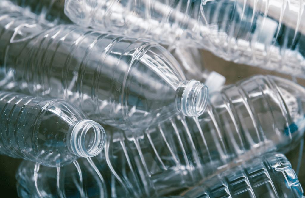 Plástico - PETE/PET